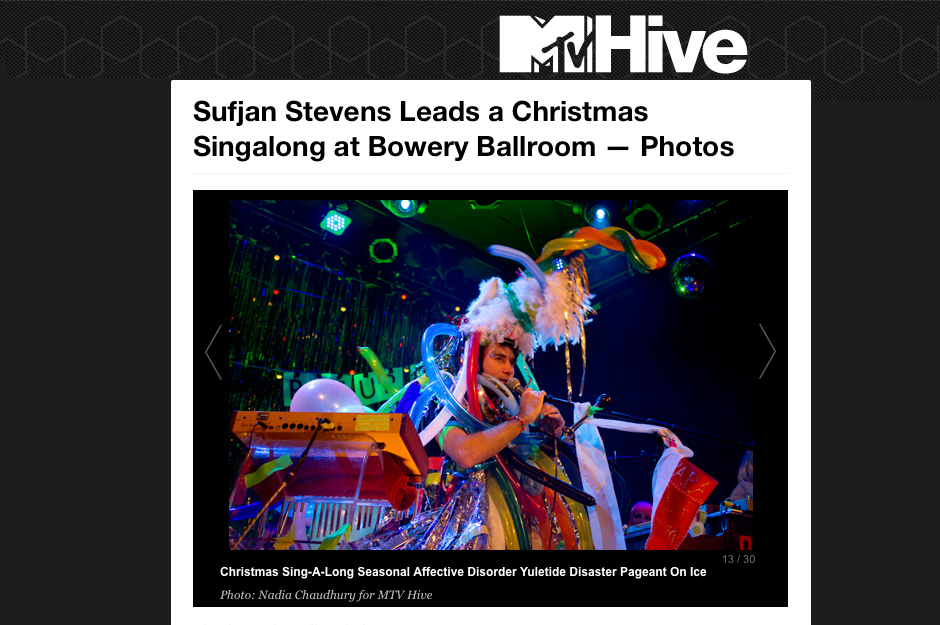 MTV Hive: Sufjan Stevens Leads a Christmas Singalong at Bowery Ballroom